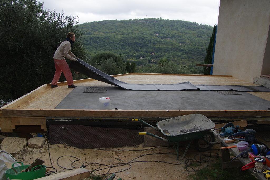 Terrasse en bois (est)